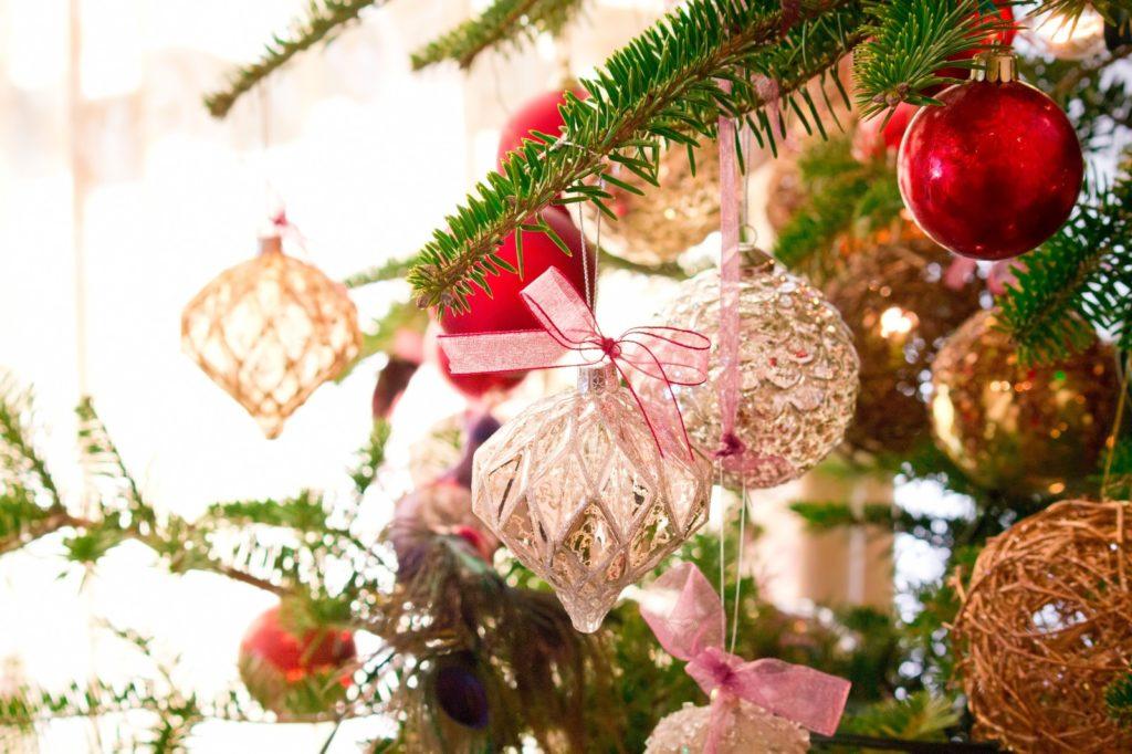 クリスマスの飾りを手作りで簡単に作る方法を大公開!