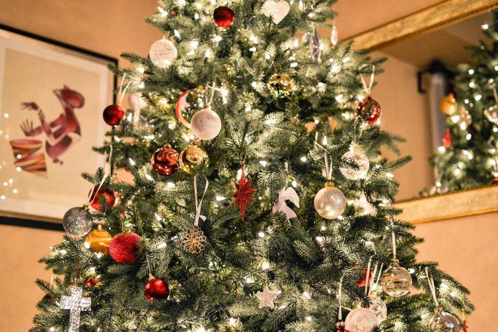 子どもが喜ぶクリスマスの飾り付けをご紹介!